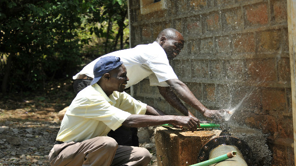 people-repairing-broken-water-pipes-water-services-delivery-in-kenya-is-hampered-by-high-levels-of-non-revenue-water-pipe-breakage-being-a-key-driver-of-nrw